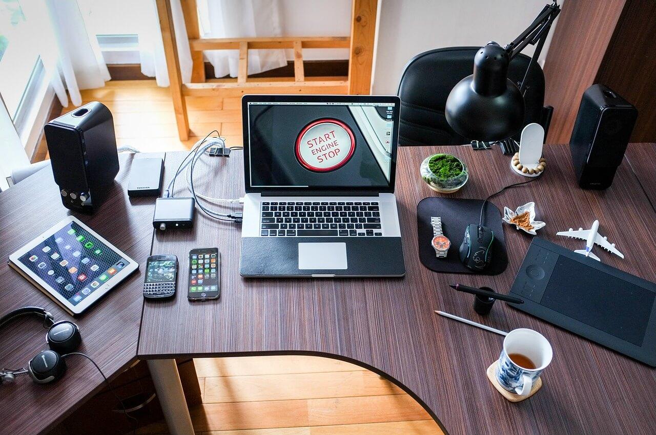 Jaki internet dla firmy? Porównanie ofert